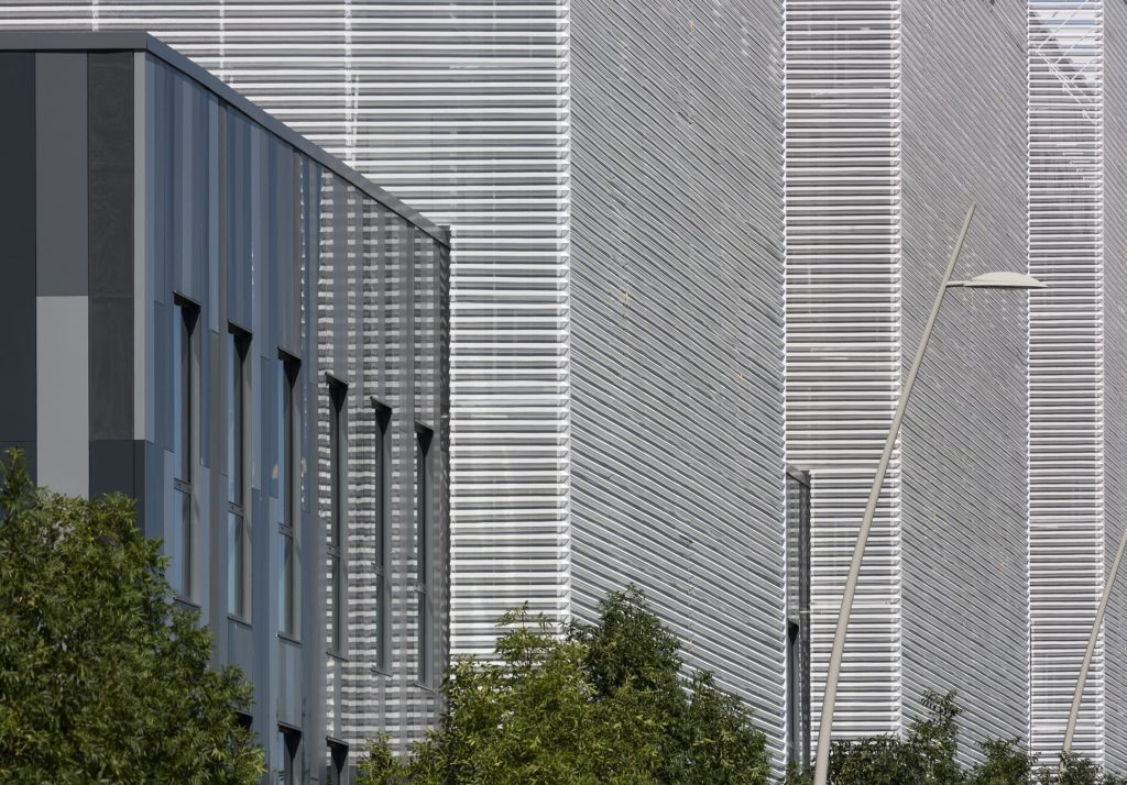 Groupe Cardinal - Siège Régional AKKA Technologie Toulouse Blagnac Architecte Hubert Godet - Photo Luc Boegly Mathieu Ducros