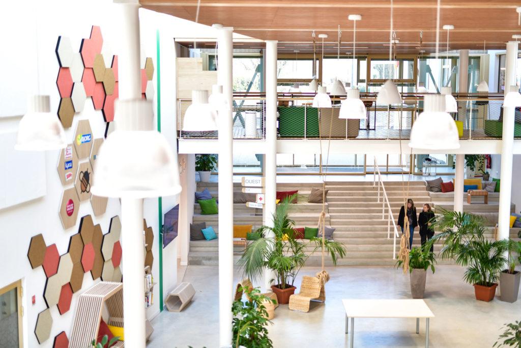 Groupe Cardinal - Siège Bjorg , Bonneterre et Cie - Z Architecture