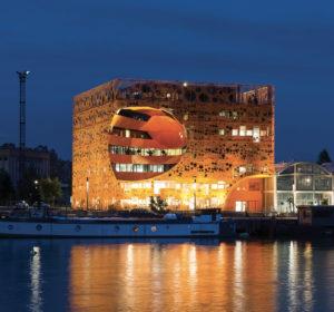Groupe Cardinal Cube Orange Nuit - Jakob+ MacFarlane