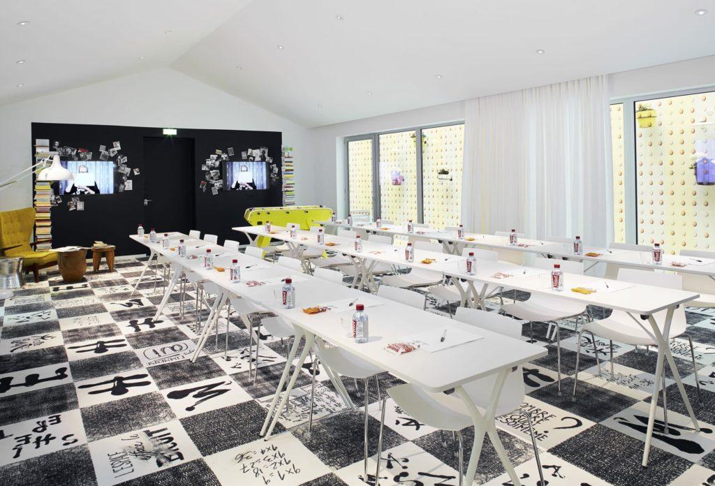 Groupe Cardinal - MAMA SHELTER Bordeaux - @Architecte King-Kong - Architecte d'intérieur : @Philippe Starck